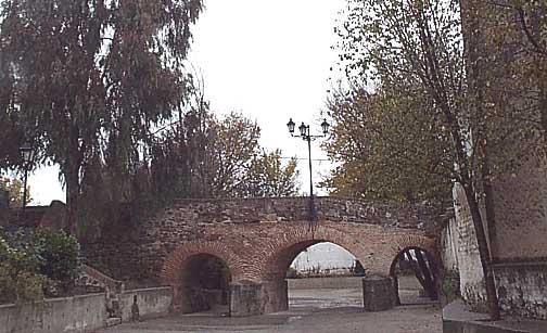 Puente de estilo romano, S.XVIII