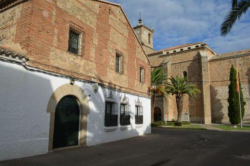 Casa solariega (a)