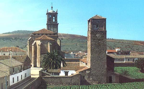 Conjunto con torre del Cura e Iglesia