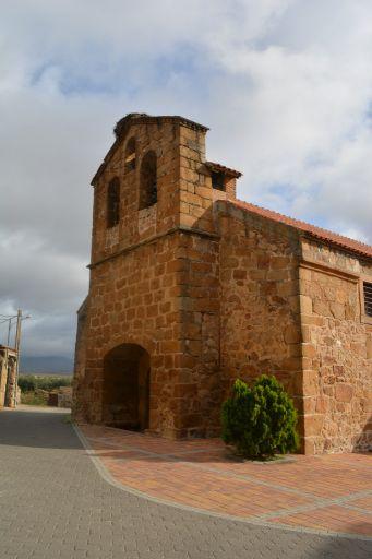Iglesia parroquial de San Bartolomé apostol, exterior detalle