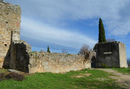 Restos de la Iglesia del Salvador, lateral