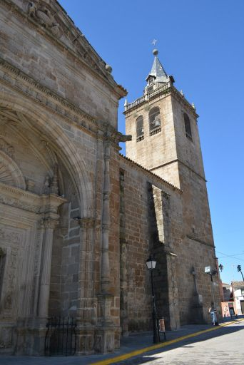 Iglesia parroquial de San Cristóbal, exterior