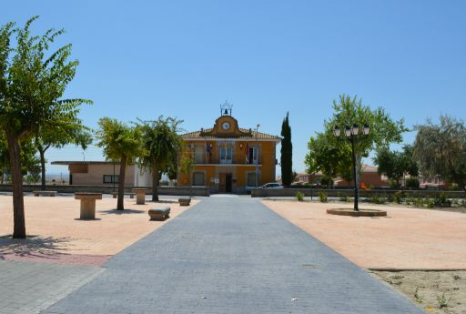 Plaza Luciano Garrido