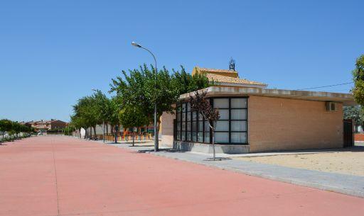 Casa de la Cultura y avenida
