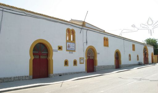 Plaza de Toros, exterior