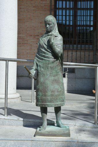 Escultura de una Bargueña