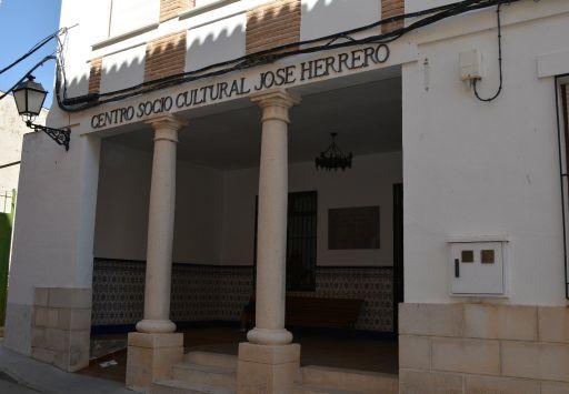 Centro socio cultural José Herrero