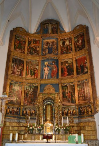 Iglesia de San Juan Bautista, retablo