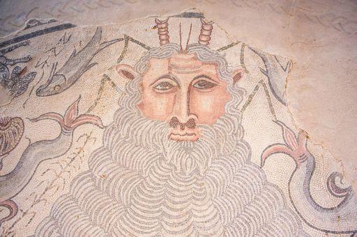 Parque Arqueológico, Mosaico de Océano en la Casa Materno