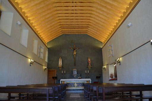 Ermita de San Sebastián, interior