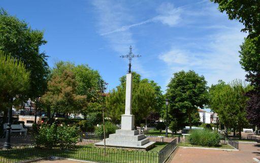 Plaza y parque de las Eras
