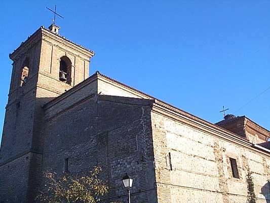 Iglesia de San Julián y de Santa Basilia, exterior