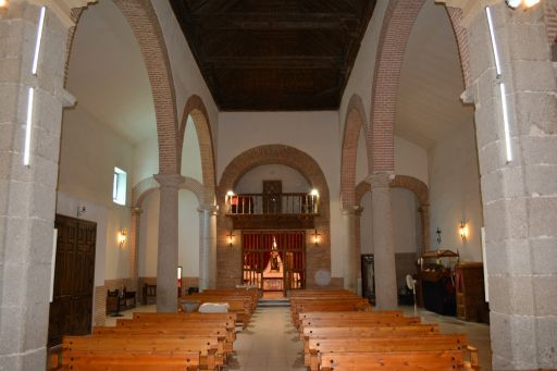Iglesia de San Julián y de Santa Basilia, interior coro