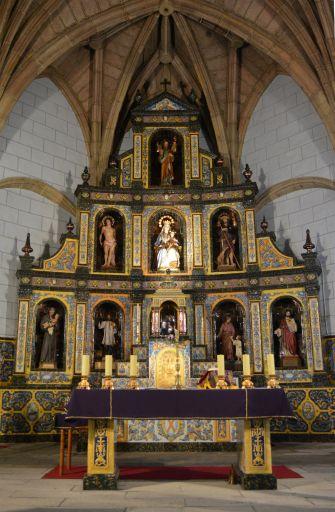 Iglesia parroquial de San Andrés, altar