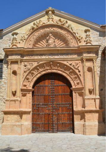 Iglesia parroquial de Nuestra Señora de la Asunción, portada renacentista