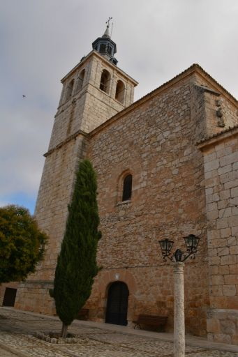 Iglesia de Santo Tomás Cantuariense, torre