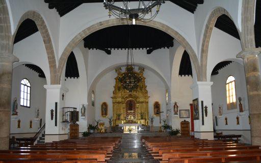 Iglesia parroquial de Santiago el Mayor, interior
