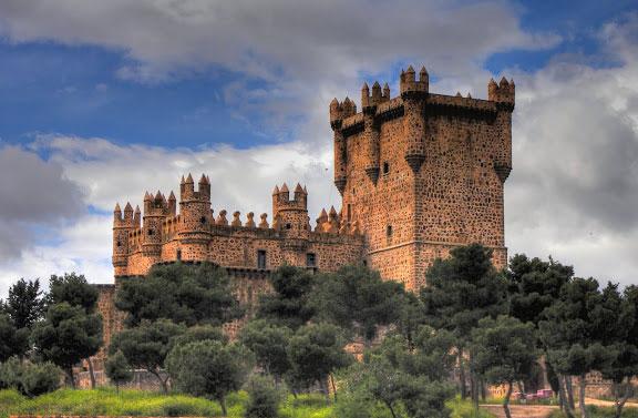 Castillo (b)