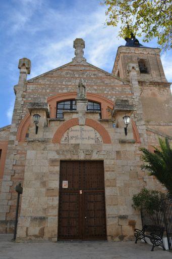 Iglesia parroquial de San Nicolás de Bari, fachada