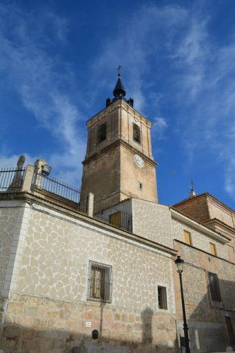 Iglesia parroquial de San Nicolás de Bari, torre