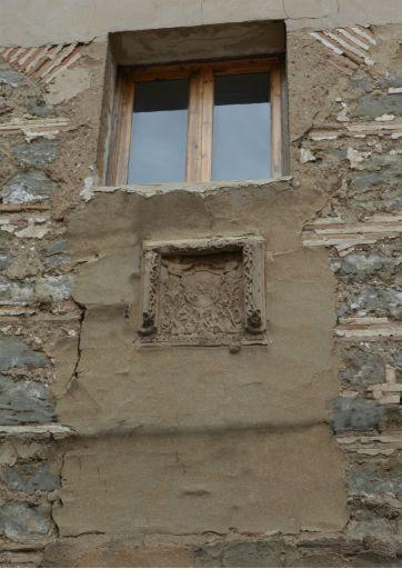 Convento de las Franciscanas, blasón