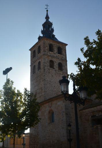 Iglesia Parroquial San Martín Obispo de Lillo, torre
