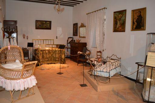 Museo del Azafrán y Etnográfico (e)