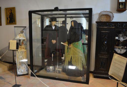 Museo del Azafrán y Etnográfico (f)