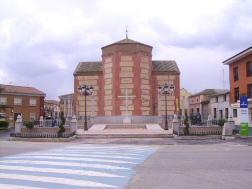 Iglesia parroquial de San Juan Bautista, otra vista