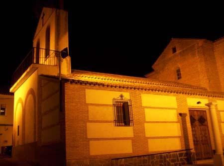 Iglesia parroquial, iluminación nocturna
