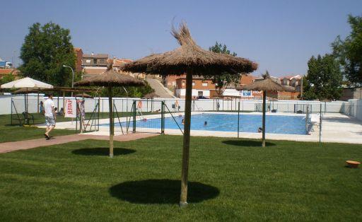 Instalaciones deportivas: piscina