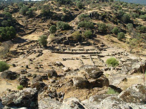 Ciudad de Vascos, vista de la medina desde la Alcazaba