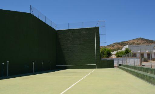 Instalaciones deportivas, pista de frontón