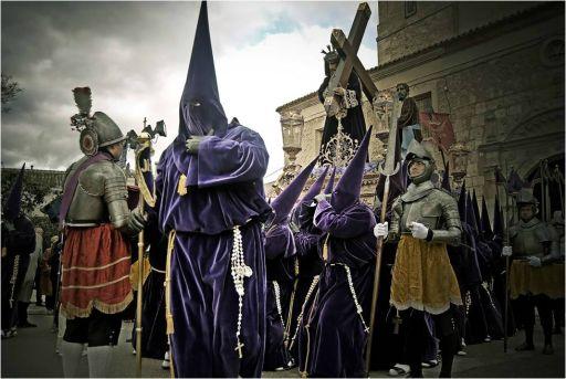 Semana Santa, inicio de la procesión de las caidas