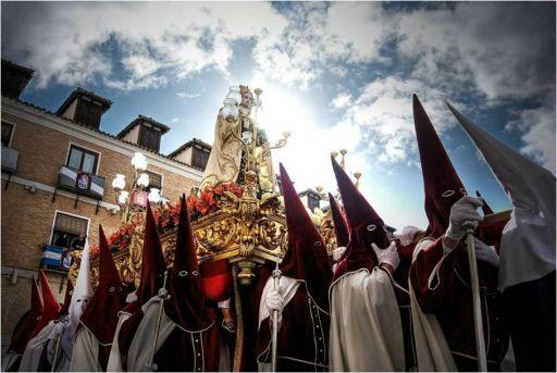 Semana Santa, cofradía de San Juan Evangelista