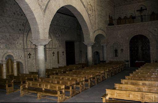 Iglesia parroquial San Pedro Apóstol, interior (b)
