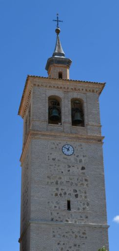 Iglesia parroquial San Pedro Apóstol, torre