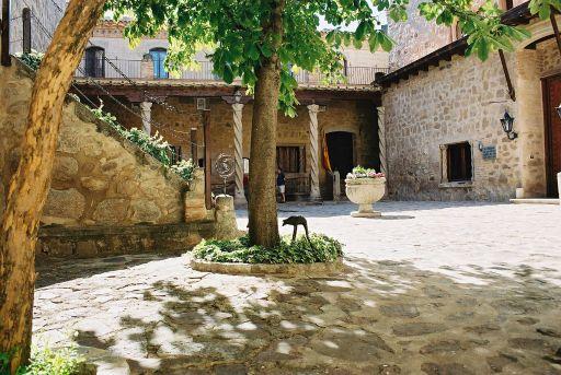 Castillo de los Condes de Orgaz, patio