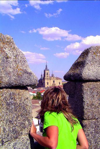 Castillo de los Condes de Orgaz, vista del municipio