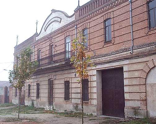 Estación de ferrocarril antigua