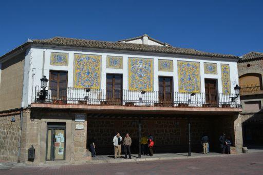 Hogar rural con azulejería talaverana de Ruiz de Luna