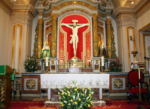 Ermita del Santo Cristo de la Salud, altar