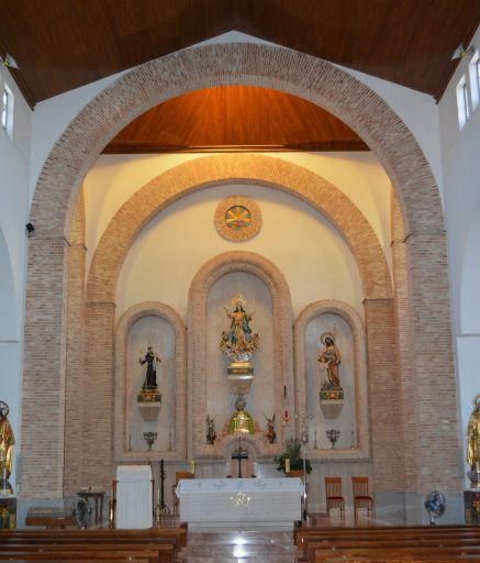 Iglesia parroquial de Nuestra Señora de la Asunción, altar