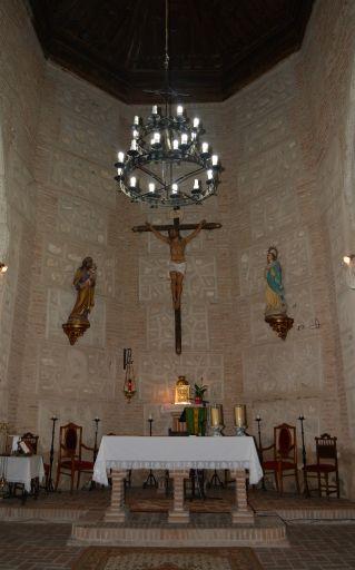 Iglesia parroquial de Santiago Apóstol, altar