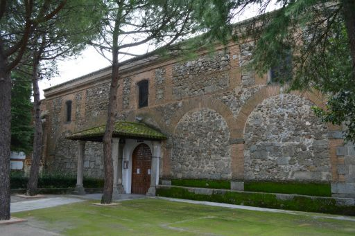 Iglesia parroquial de San Román Mártir, lateral