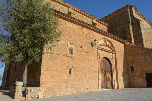 Iglesia de Santiago, lateral