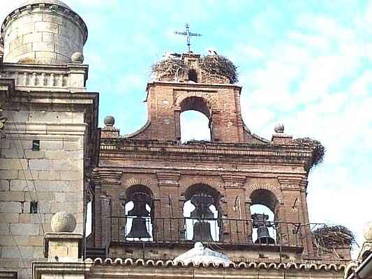 Campanario de San Prudencio, espadaña