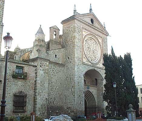 Colegiata Santa María la Mayor, fachada (a)