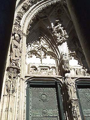 Catedral, puerta de los Reyes