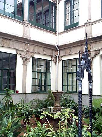 Palacio de Malpica, patio
